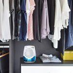 Déshumidificateur d'Air Electrique, 1byone Mini Absorbeur d'Humidité Portable contre les Moisissures pour Salle de bain, Toilette, Chambre, Vestiaire Espace Compact 10m² Max Réservoir d'eau 400ML - Blanc de la marque 1Byone image 5 produit